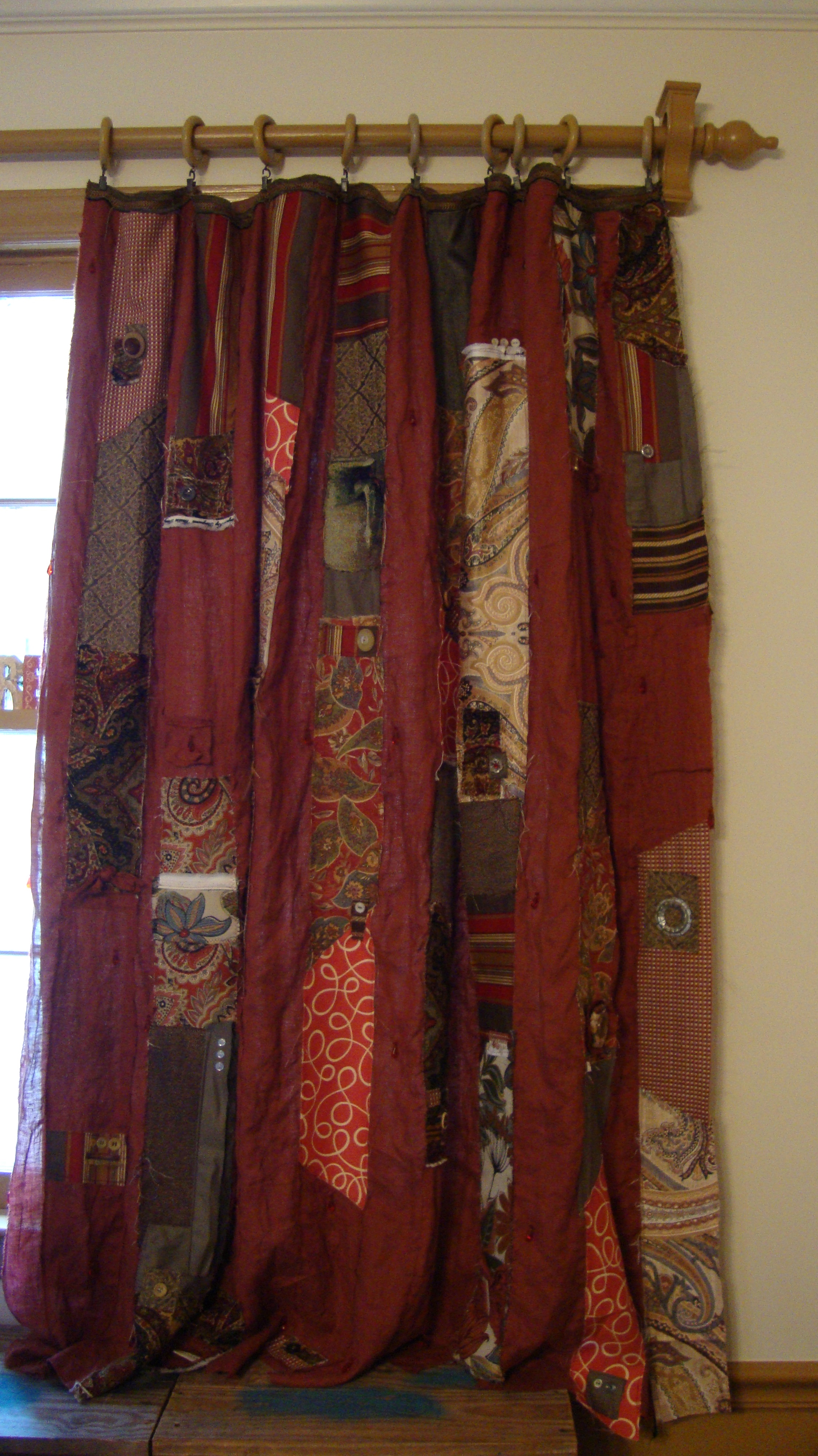 The Right Panel On Quilted Rag Strip Gypsy Curtains   So Easy. SO Gorgeous!