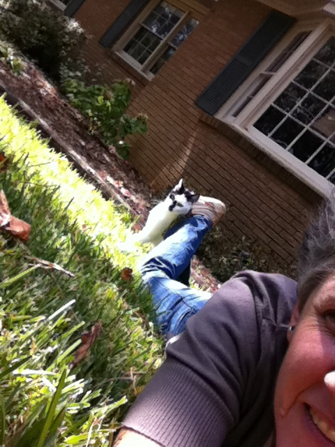 Smudge & Me in the front yard