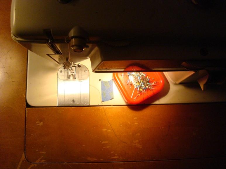 Magnetic Pin Cushion Tutorial #DIY #Vintage #Repurposed
